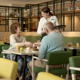 Ouderen-Preston-Palace-Hotelrestaurant