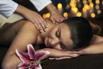 woman-relaxing-spa