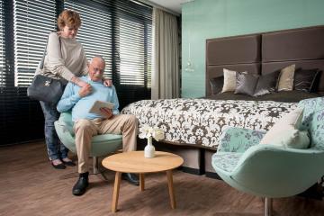 Ouderen-Preston-Palace-Hotelkamer