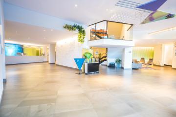 Preston-Palace-Lobby-Overzicht