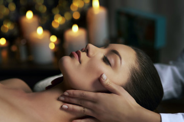 woman-relaxing-spa.headjpg