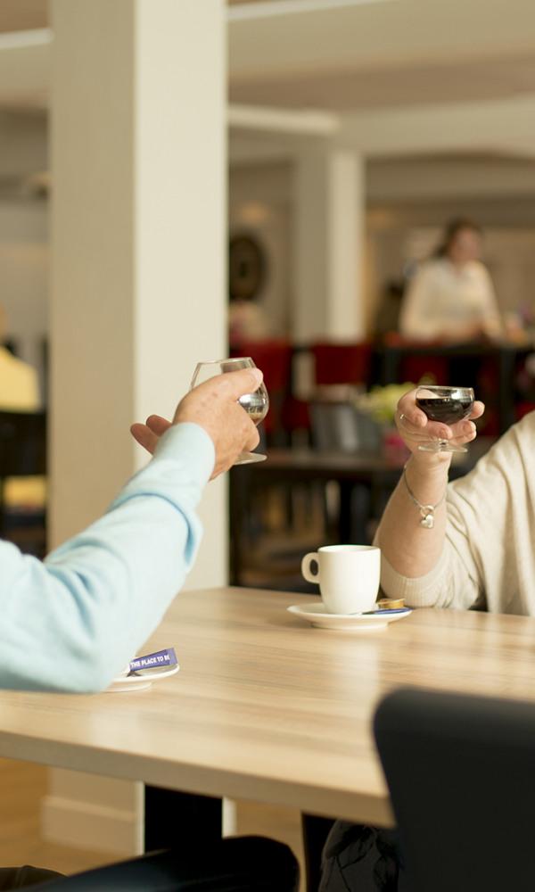 Ouderen-Preston-Palace-Koffiekorner