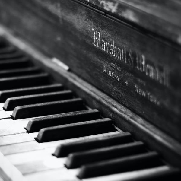 PP-Hero-Pianobar-Mobile