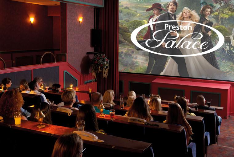 Overzicht_bioscoop_Preston_Palace_all-inclusive-logotransparant