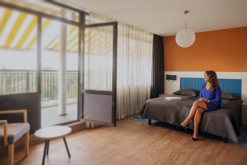 web-balkon-hotelkamer-4e-etage-bed-agnes-2-edit